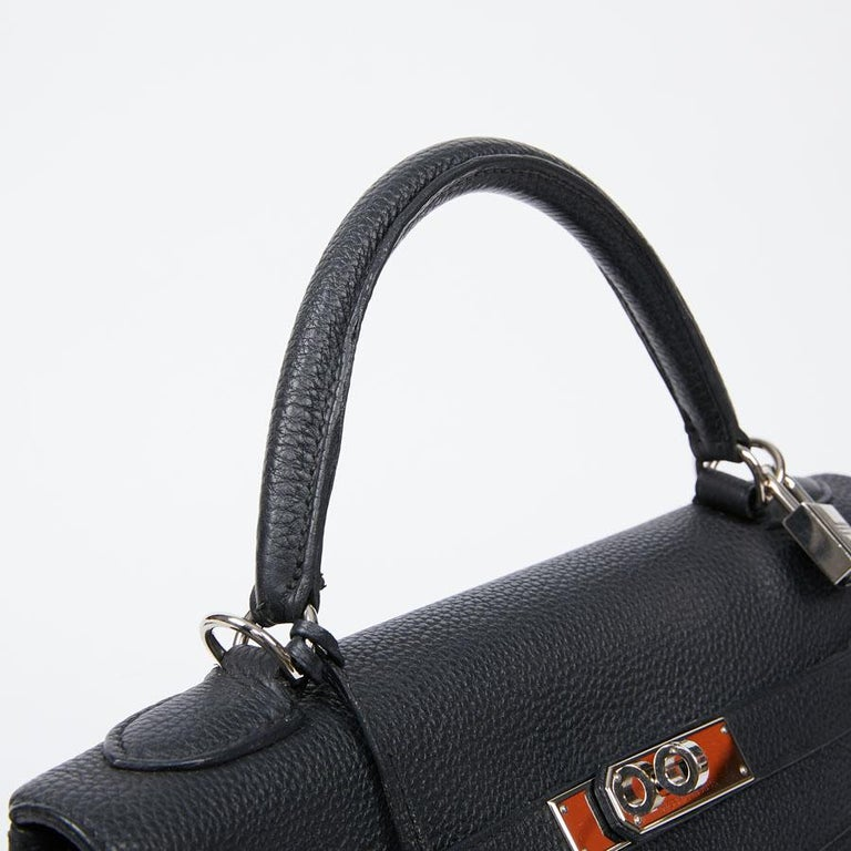 HERMES Kelly In Black Togo Leather With Removable Strap For Sale 7