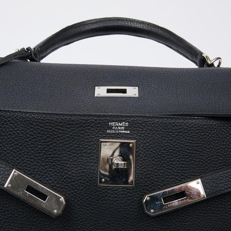 HERMES Kelly In Black Togo Leather With Removable Strap For Sale 8