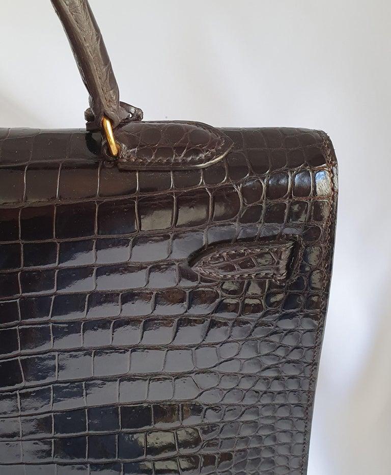 Hermès, Kelly in brown Porosus Crocodile  For Sale 8