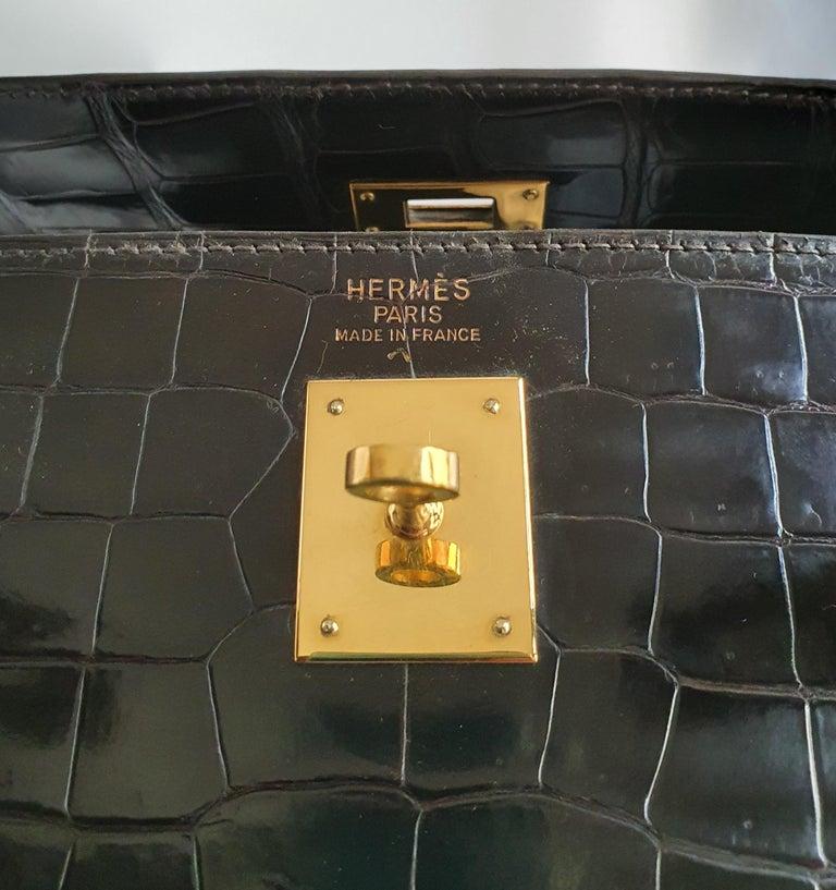 Hermès, Kelly in brown Porosus Crocodile  For Sale 2