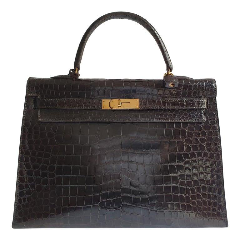 Hermès, Kelly in brown Porosus Crocodile  For Sale