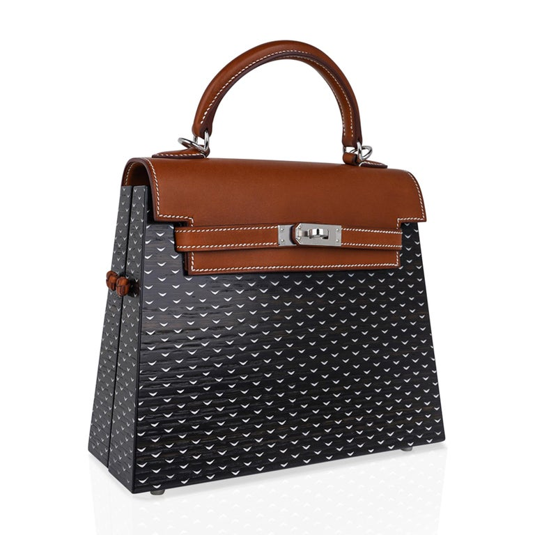 Hermes Kelly Kellywood 22 cm Wood Kelly Barenia Leather Limited Edition In New Condition For Sale In Miami, FL