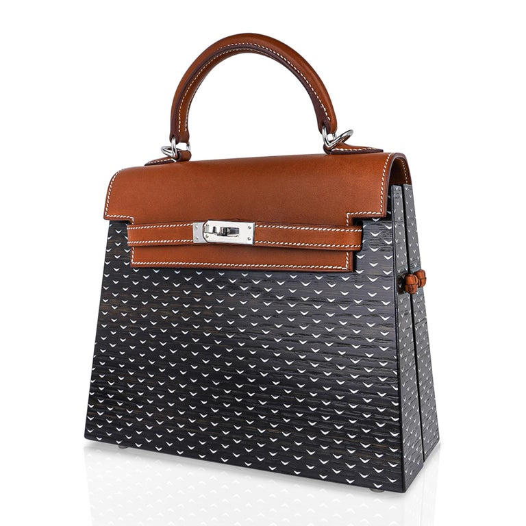 Hermes Kelly Kellywood 22 cm Wood Kelly Barenia Leather Limited Edition For Sale 1