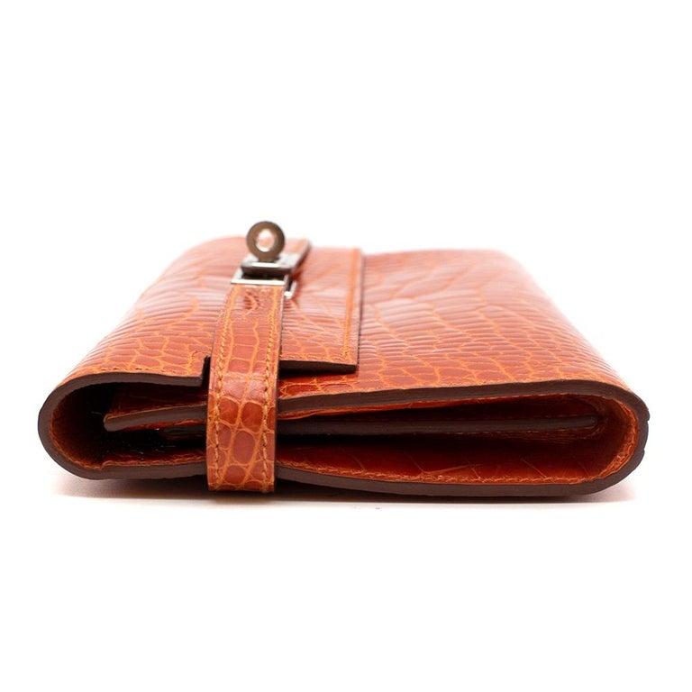 Red Hermès Kelly Long Wallet in Feu Lisse Alligator Mississippiensis PHW For Sale