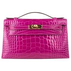 Hermes Kelly Pochette Bag Rose Scheherazade Pink Alligator Clutch Gold Hardware