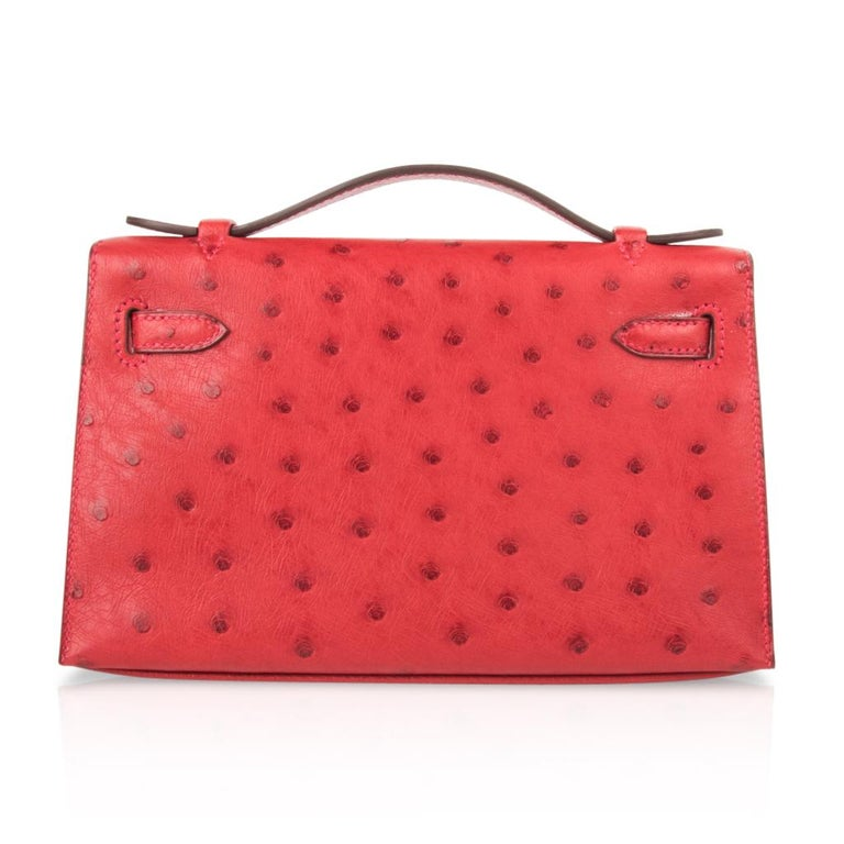 Hermes Kelly Pochette Bag Rouge Vif Red Ostrich Clutch Gold Hardware For Sale 3