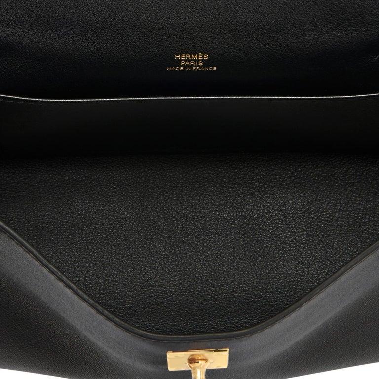 Hermes Kelly Pochette Black Gold Hardware Clutch Cut Bag Swift D Stamp, 2019 For Sale 3