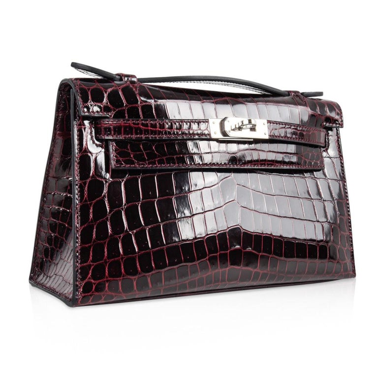 Hermes Kelly  Pochette Clutch Bag Rare Bordeaux Crocodile Palladium In New Condition For Sale In Miami, FL