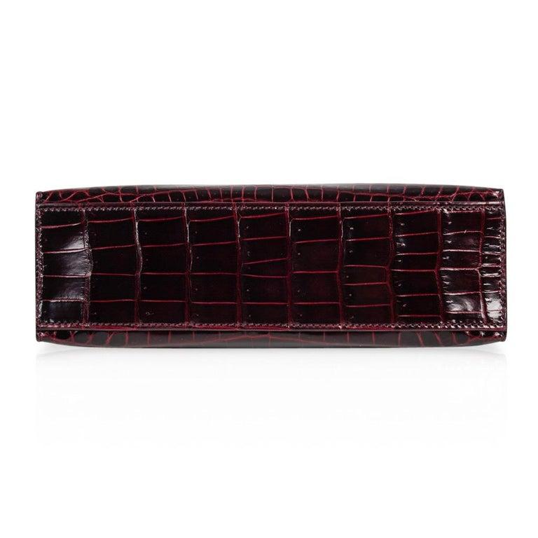 Hermes Kelly  Pochette Clutch Bag Rare Bordeaux Crocodile Palladium For Sale 3