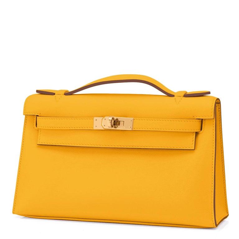 Women's or Men's Hermes Kelly Pochette Jaune Ambre Gold Hardware Clutch Amber Bag Y Stamp, 2020 For Sale