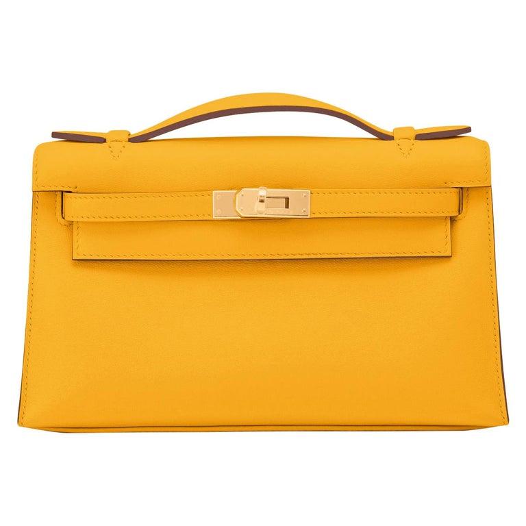 Hermes Kelly Pochette Jaune Ambre Gold Hardware Clutch Amber Bag Y Stamp, 2020 For Sale