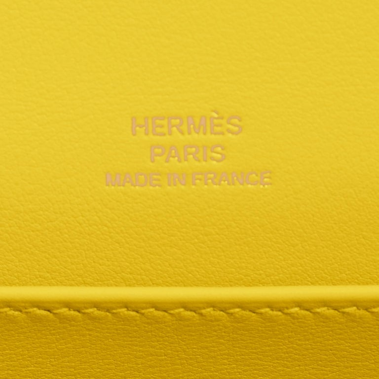 Hermes Kelly Pochette Lime Yellow Fluo Gold Clutch Cut Bag Y Stamp, 2020 For Sale 3