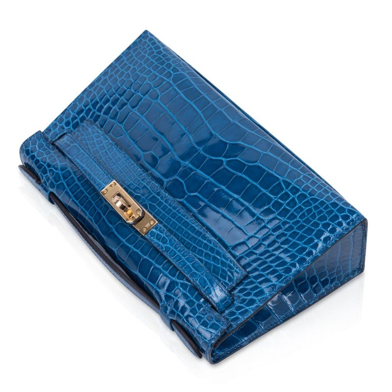 Hermes Kelly Pochette Mykonos Alligator Gold Hardware In New Condition For Sale In Miami, FL
