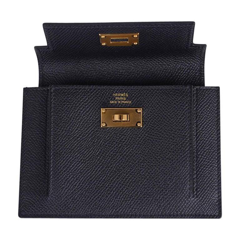 Hermes Kelly Pocket Compact Wallet Noir Epsom Gold Hardware New w/Box For Sale 3