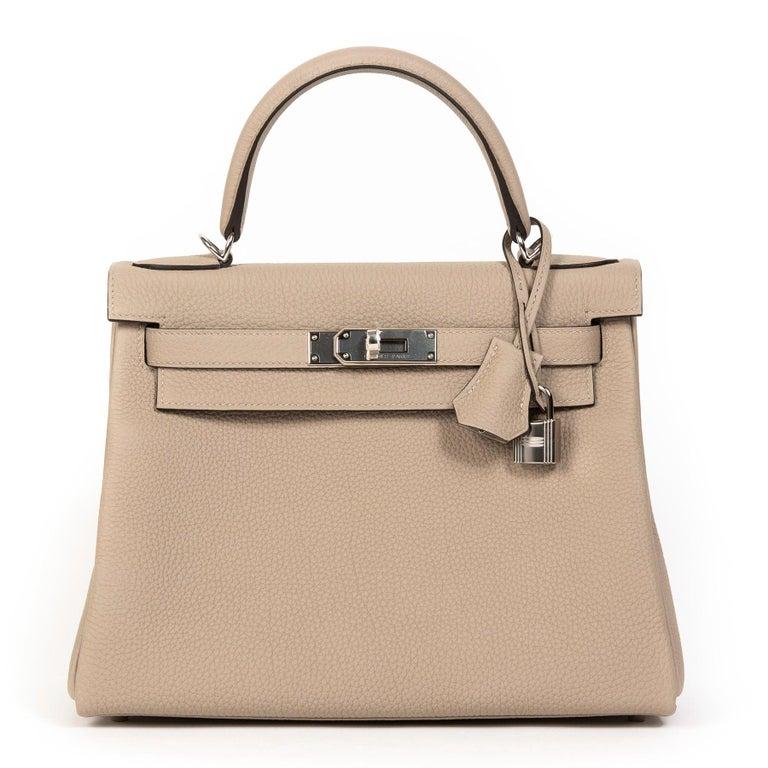 Beige Hermès Kelly Retourne 28 Togo Gris Tourterelle PHW For Sale