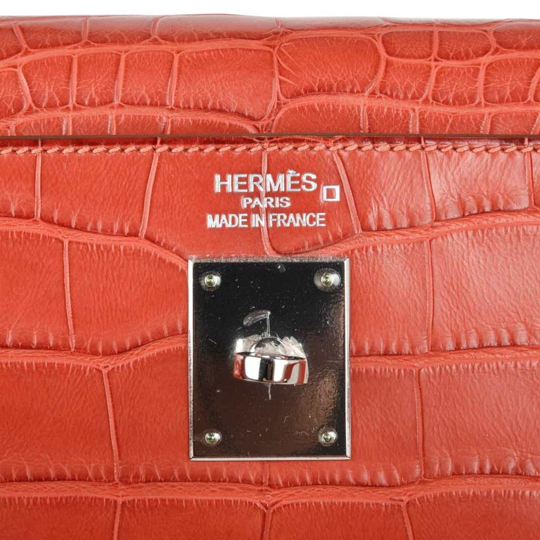 Red Hermes Kelly Retourne Bag 35 Supple Matte Alligator Sanguine Palladium For Sale
