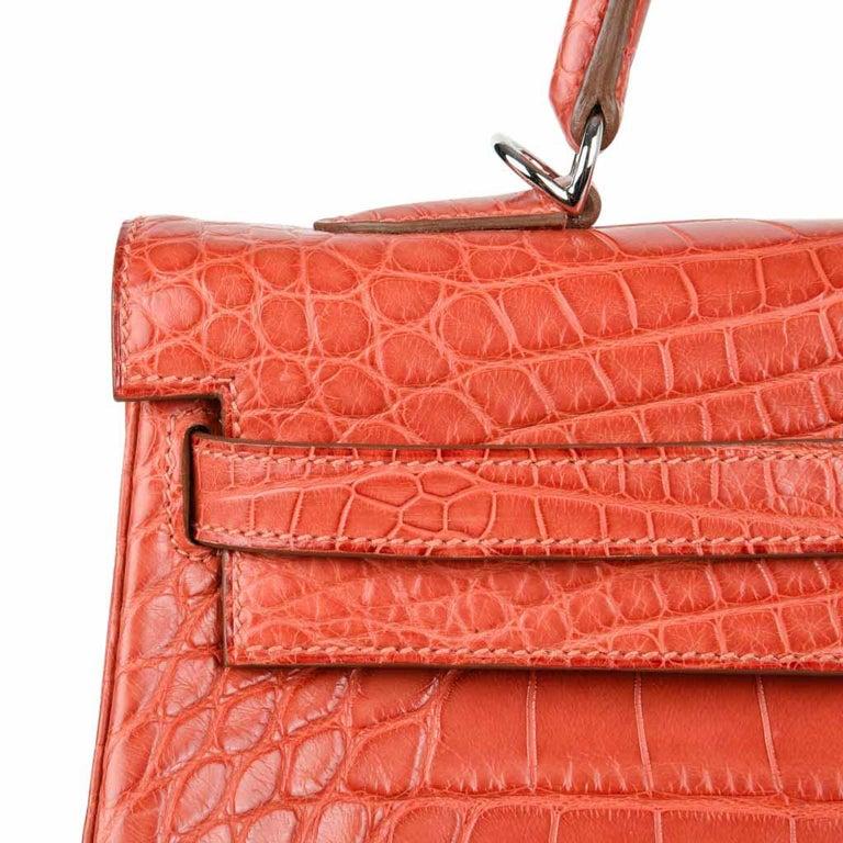 Women's Hermes Kelly Retourne Bag 35 Supple Matte Alligator Sanguine Palladium For Sale