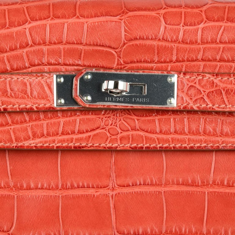 Hermes Kelly Retourne Bag 35 Supple Matte Alligator Sanguine Palladium For Sale 1