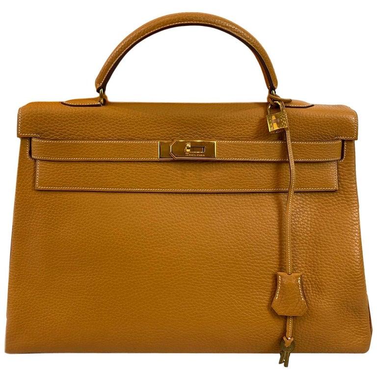Hermès Kelly Retourne Handbag Gold Fjord Leather with Gold Hardware 40, 1985.  For Sale