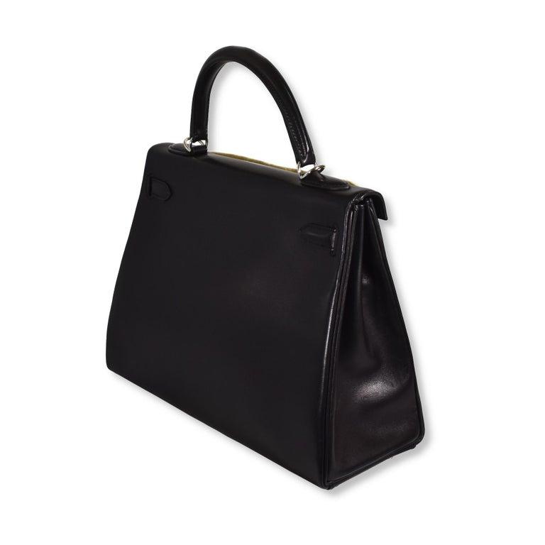 Hermes Kelly Retourné Noir Palladium Hardware Handbag In Good Condition For Sale In Miami, FL