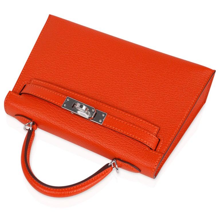 Women's Hermes Kelly Mini Sellier 20 Bag Feu / Rose Eglantine Chevre Bi-color Palladium For Sale