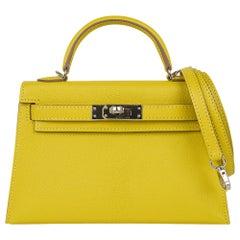 Hermes Kelly Sellier 20 Bag Lime Chevre Leather Palladium Hardware