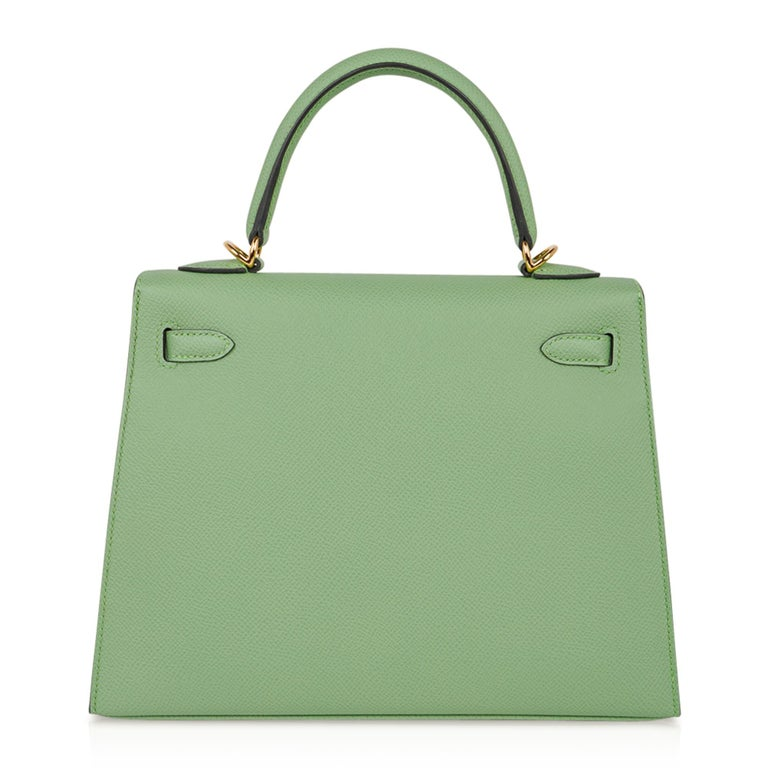 Hermes Kelly Sellier 25 Bag Vert Criquet Epsom Leather Gold Hardware  For Sale 5