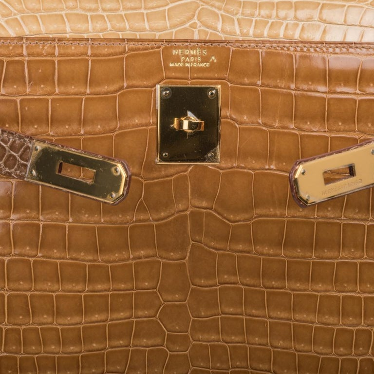 Hermes Kelly Sellier 32 Tri-Colour Porosus Crocodile Poussiere Poudre Ficelle In Excellent Condition For Sale In Miami, FL