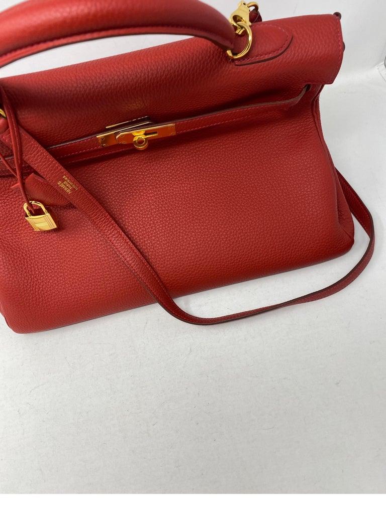 Women's or Men's Hermes Kelly Vermilion Red 35 Bag For Sale