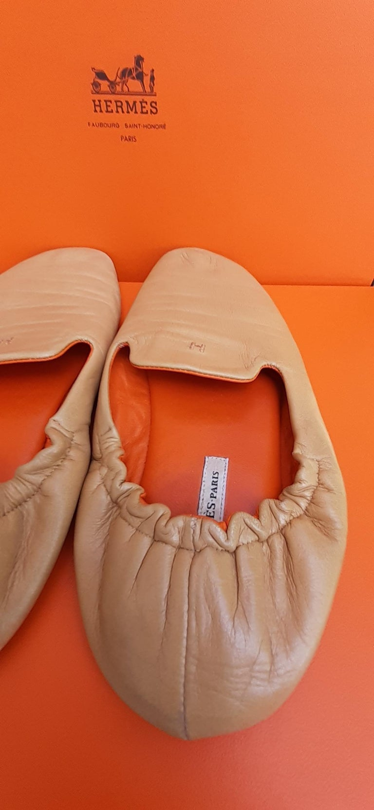 Women's or Men's Hermès Leather Shoes Slippers Size 37 FR  For Sale