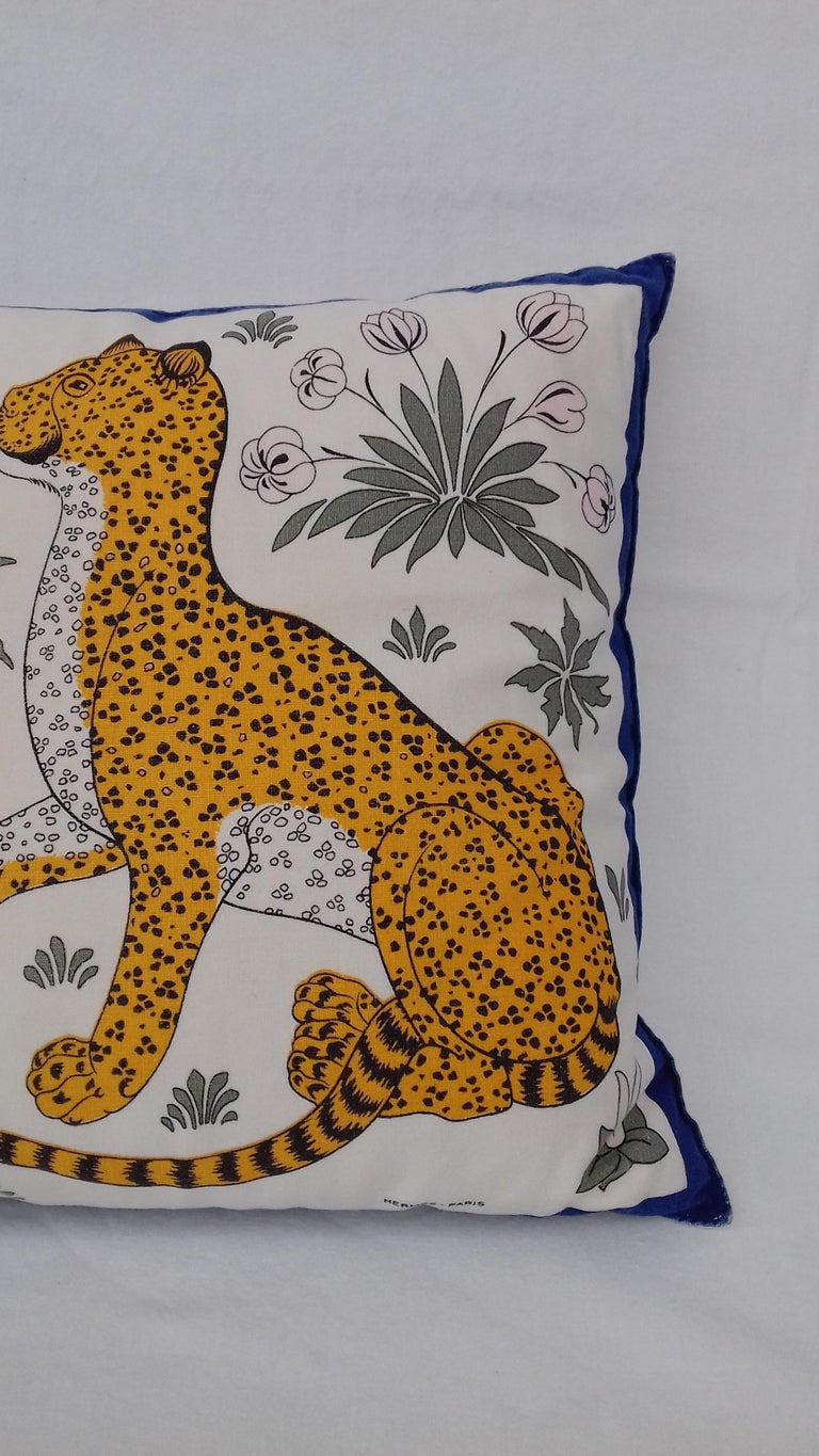 Beautiful Authentic Hermès Pillow  Pattern: Leopards  Made in France  The set includes the cushion and pillow protector leopard printed  Colorways: White, Yelow, Blue, Khaki  Made of Cotton  The pillowcase can be removed to be washed by a zip on the