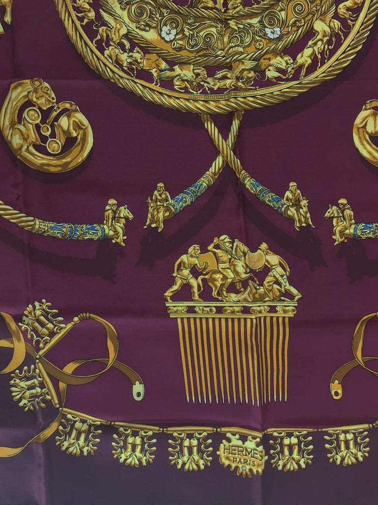 Hermes Les Cavaliers D'Or Silk Twill Scarf designed by Vladimir Rybaltchenko  In Good Condition For Sale In West Palm Beach, FL