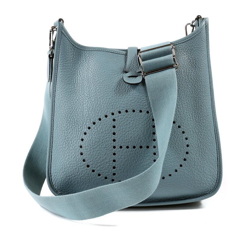 Hermès Light Blue Clemence Evelyne PM III For Sale 7