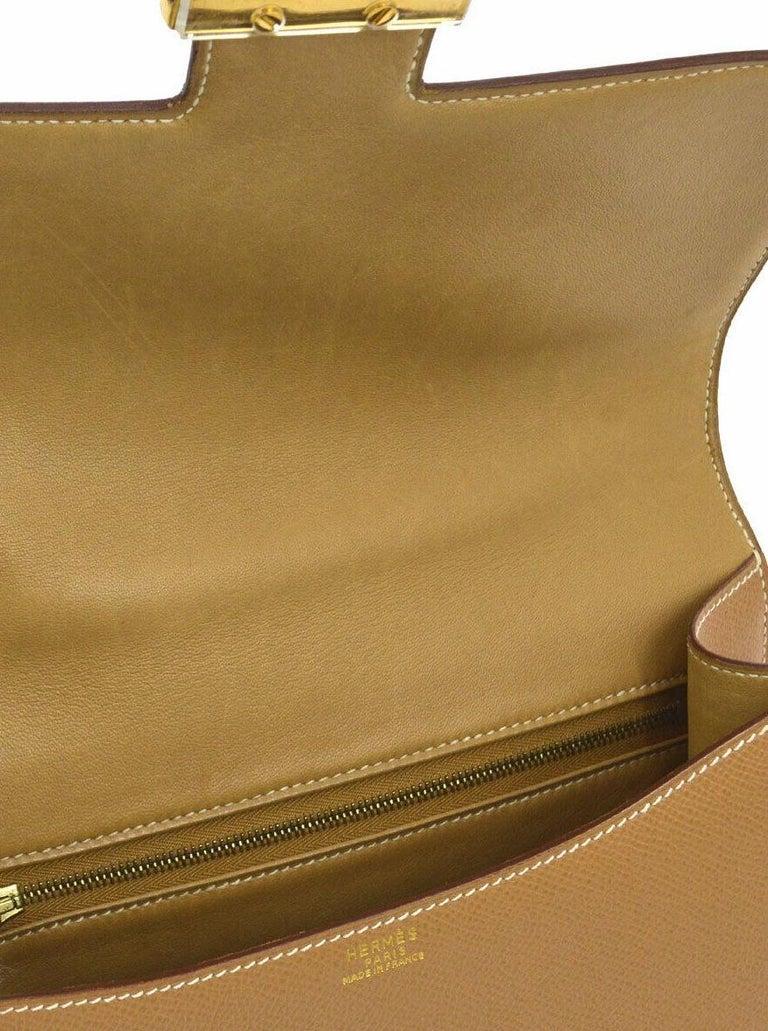 Women's Hermes Light Tan Nude Cognac Leather Gold 'H' Constance Shoulder Flap Bag For Sale
