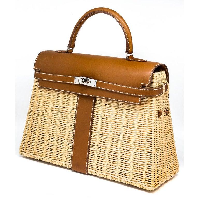 Beige Hermès Limited Edition 35cm Kelly Picnic Bag For Sale