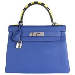Hermès Limited Edition Bleu Électrique Togo Au Trot Retourne Kelly 28 PHW