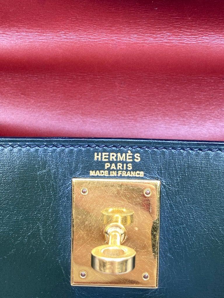 Hermès Limited Edition Vintage Tri-Color Box Calf Kelly Handbag 28, 1993. For Sale 4