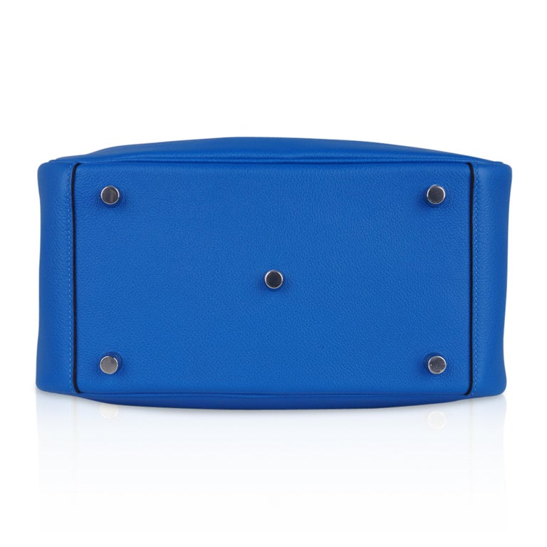 Hermes Lindy 26 Bag Beautiful Blue Hydra Evercolor Leather Palladium For Sale 8