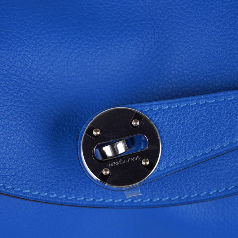 Hermes Lindy 26 Bag Beautiful Blue Hydra Evercolor Leather Palladium In New Condition For Sale In Miami, FL