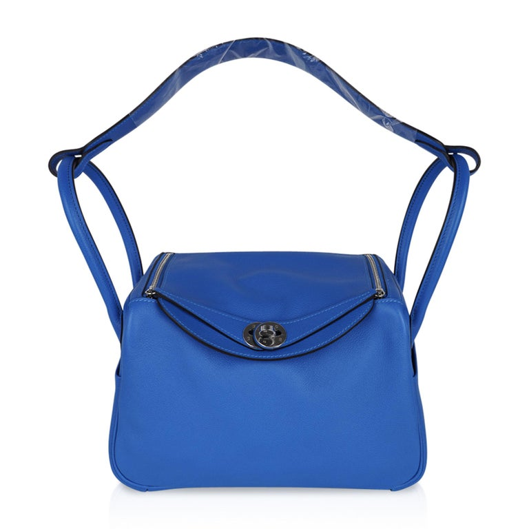 Hermes Lindy 26 Bag Beautiful Blue Hydra Evercolor Leather Palladium For Sale 1