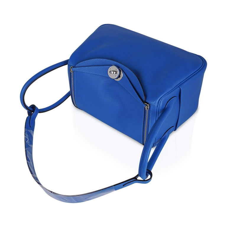 Hermes Lindy 26 Bag Beautiful Blue Hydra Evercolor Leather Palladium For Sale 3