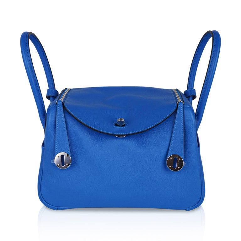 Hermes Lindy 26 Bag Beautiful Blue Hydra Evercolor Leather Palladium For Sale 5