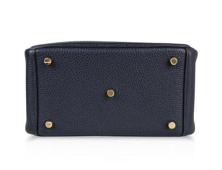 Hermes Lindy 26 Bag Blue Nuit Clemence Gold Hardware For Sale 5