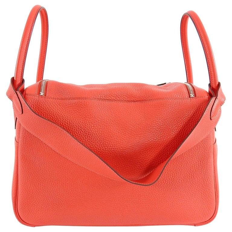 Hermes Lindy 34 Shoulder Bag in Taurillon Clemence Rouge Pivoine For Sale 2