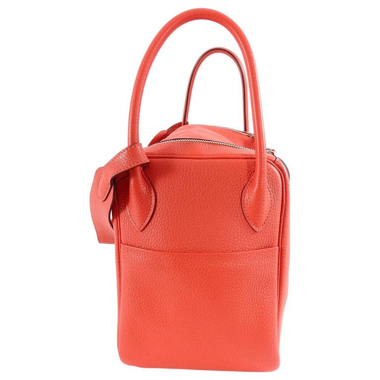 Hermes Lindy 34 Shoulder Bag in Taurillon Clemence Rouge Pivoine For Sale 3