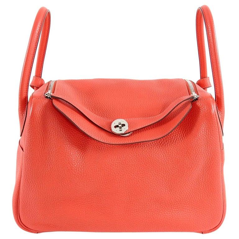 Hermes Lindy 34 Shoulder Bag in Taurillon Clemence Rouge Pivoine For Sale