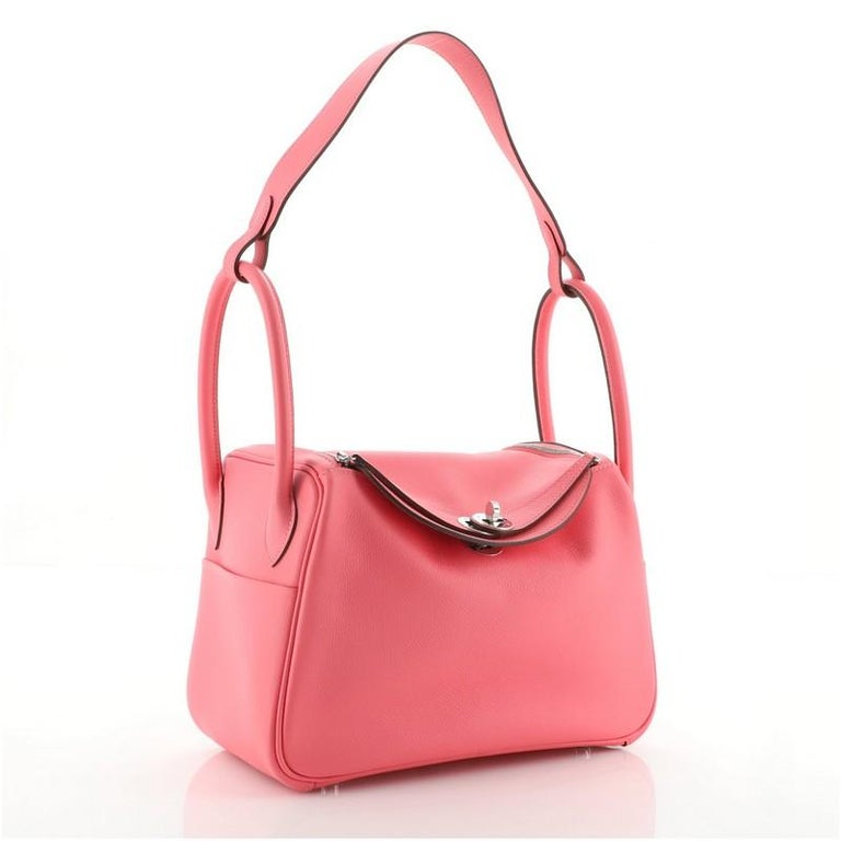 Hermes Lindy Bag Evercolor 26 In Good Condition For Sale In New York, NY