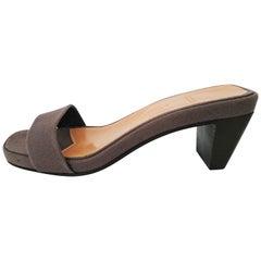 Hermès Leinen-Seide-Sandalen mit Konstellationen eingraviert. Neu. Größe 41