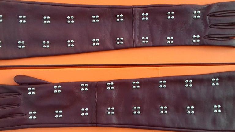 Hermès Long Opera Gloves Burgundy Lambskin Leather Size 6.5 in Box For Sale 1