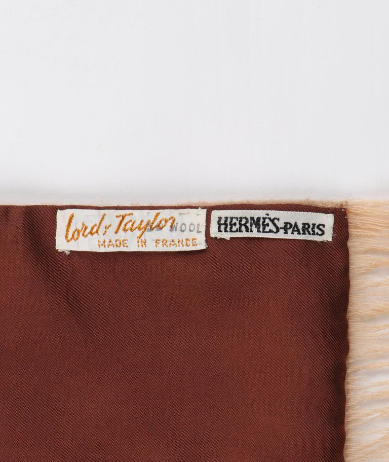HERMES Lord & Taylor Brown Trompe L'oeil Knit Print Oblong Wool Lined Silk Scarf For Sale 4